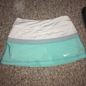 NWOT NIKE Dri-Fit Tennis Skirt